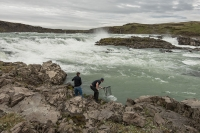 At Urriðafoss a young man from the group of tourists took the initiative