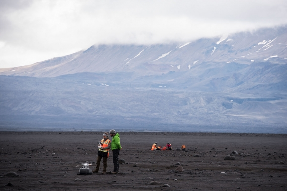Scientists are constantly monitoring Bárðarbunga and nearby places