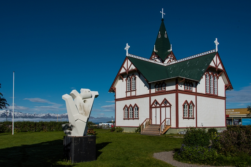 The Church in Húsavík is a timber building, built in 1906 and consecrate in 1907. It is a beautiful building and for years housed the whole community of Húsavík.