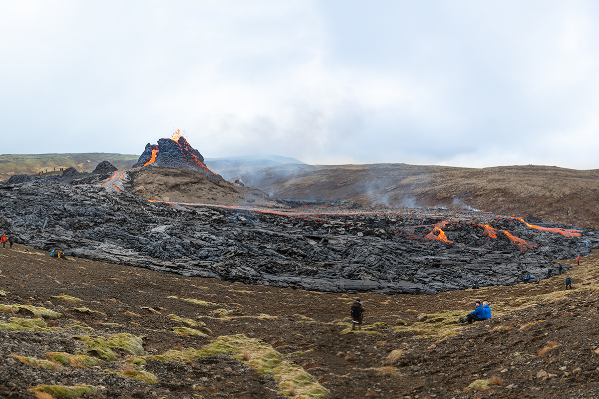 A bit of a picnic situation by the eruption