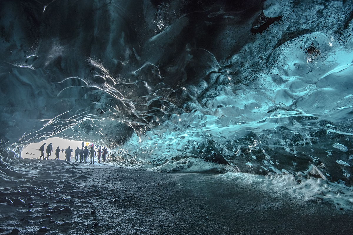 The magnificent world of icecaves