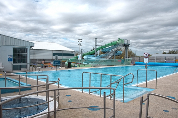 You can find a swimming pool in almost all towns and villages in Iceland