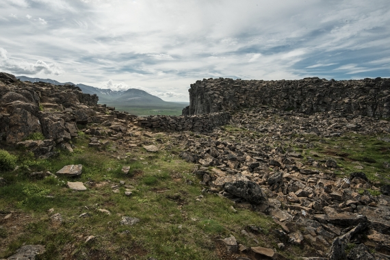 If you were to build a perfect fortification and place it in a strategically important place, you could probably not match the rock formation Borgarvirki.