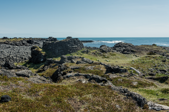 Throughout the centuries, Icelanders built about 140 fishing stations around the coast.