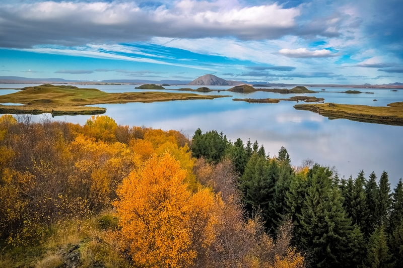 ​Lake Myvatn in Autumn