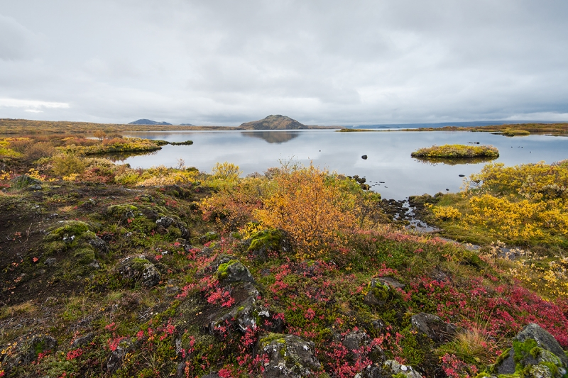Thingvellir is one of the best spots in Icelandå for photographers during autumn