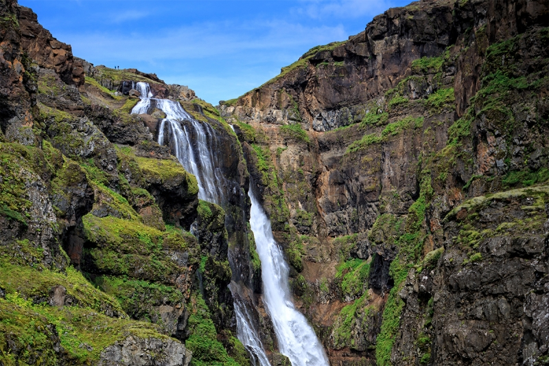 For the longest time the Glymur waterfall with a cascade of 198 m, was the tallest waterfall in Iceland.