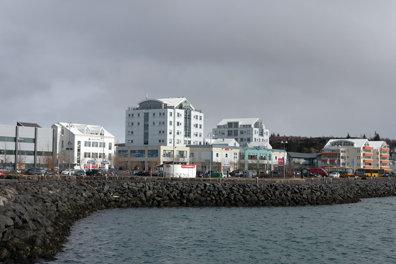 Another view on the awful town center that killed the most charming part of Hafnarfjörður